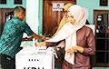 У Інданэзіі абодва кандыдаты ў прэзідэнты заяўляюць пра перамогу на выбарах