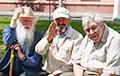 Белорусы требуют снизить пенсионный возраст для мужчин