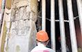 Как выглядит опасная колонна в минской новостройке, из которой эвакуировали людей