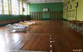 Что происходит в школе, где готовы принять эвакуированных из многоэтажки людей