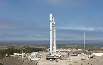 SpaceX запустила корабль Cargo Dragon к МКС