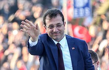 Мэр Стамбула может выиграть у Эрдогана президентские выборы