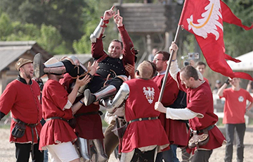 Поляк стал первым рыцарем в мире