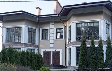 «Продавать квартиру за $220 тысяч, а получить в пять раз меньше»