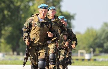 Офицер ВДВ: Десантники всегда были элитой и они стоят на стороне народа