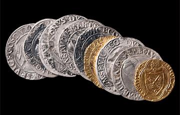 В центре французского города нашли уникальный клад с золотом и серебром