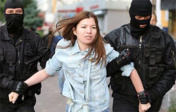 В Казахстане задержаны сотни протестующих