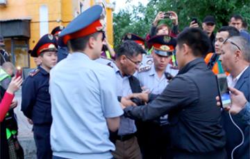 МУС Казахстана паведаміла пра затрыманне чатырох тысяч пратэстоўцаў