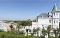 Улады французскага курорта распавялі пра камяніцы «дачкі Пуціна»