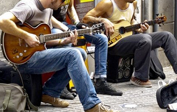 В Минске милиция задержала уличных музыкантов и забрала инструменты