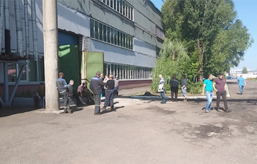 """""""News About Our Strike Dropped Bombshell"""": Protest In Hatava Continues"""