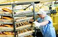 Работница магазина в Вилейке украла булочки, чтобы ее быстрее уволили