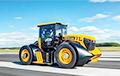 Видеофакт: Британец установил рекорд скорости на тракторе