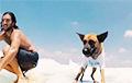 В Израиле пес-серфингист стал звездой
