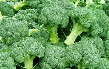 Медики назвали овощ, который хорошо снимает боли в суставах