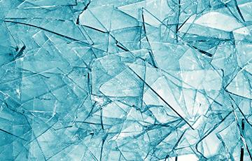 Ученые создали первое в мире «умное» стекло