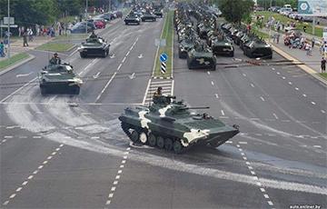 Чаму беларускія ўлады так трымаюцца за парады?