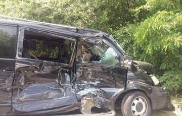 Автомобиль кортежа Зеленского попал в ДТП