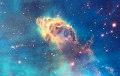 Ученые нашли рядом с черной дырой нечто странное