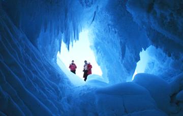 В Антарктиде ученые нашли гигантские пещеры с неизвестными животными