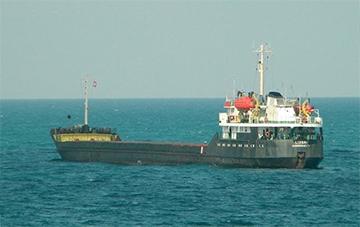 В РФ задержали судно с 14 украинцами на борту
