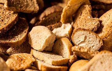 В Туркменистане ввели справки для покупки хлеба