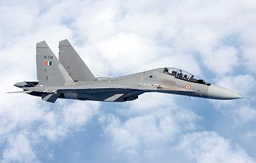 Расейскі самалёт Су-30 пацярпеў катастрофу ў Індыі
