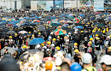 Пратэсты ў Ганконгу: актывісты ўтрымліваюць цытадэль у палітэху