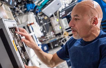 Видеофакт: В мире появился первый диджей из космоса