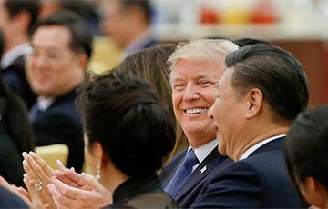 Трамп предложил Си Цзиньпину обсудить ситуацию в Гонконге