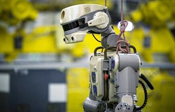 Космический корабль с роботом Федором приземлился в Казахстане