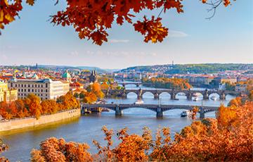 Бархатный сезон: Куда поехать в сентябре за границу