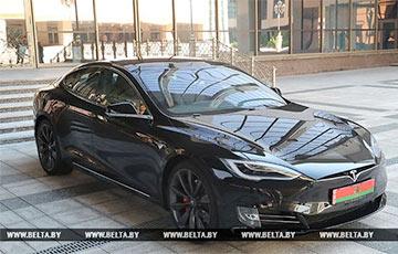 "Lukashenka About ""Belarusian Electric Car"": I'll Arrive By Tesla, Park It Nearby"