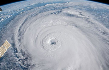 Ураган «Дориан» приближается к Канаде