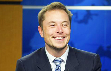 Илон Маск заявил, что не дарил Tesla Лукашенко