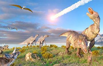 Ученый разгадал тайну странных следов динозавра на потолке пещеры