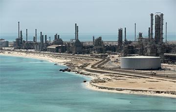 Bloomberg: Скачок цен на нефть после атаки в Саудовской Аравии был самым большим в истории