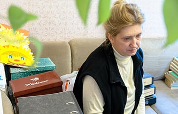 Lukashenka Returns Homel Teacher Who Threatened Her Student To School