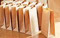 Торговлю обязали продавать бумажные пакеты