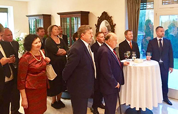 U.S. Deputy Secretary of State Meets with Opposition Leaders in Minsk