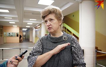 Звольненая і адноўленая настаўніца з Гомеля: «Вы бачыце на маім твары ўсмешку?»