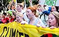 По миру проходят забастовки в защиту климата