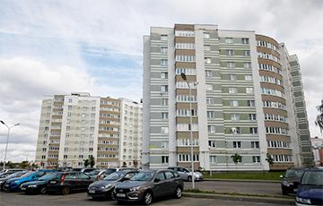 «Гэта што, вёска?»: Кіроўца апублікаваў шакавальнае фота менскай вуліцы
