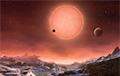 Ученые открыли гигантскую планету у небольшого красного карлика