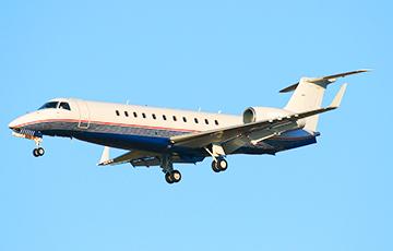 В Вильнюсском аэропорту обнаружили самолет известного российского олигарха