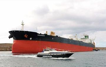 На іранскім нафтавым танкеры ў Чырвоным моры адбыліся два выбухі