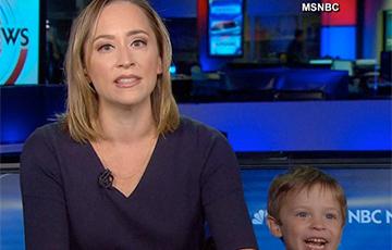 Видеохит: 4-летний ребенок ворвался в прямой эфир новостей