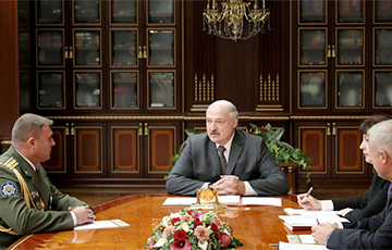 Лукашэнка прызначыў новага камандавальніка ўнутранымі войскамі