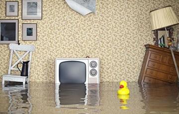 Кто виноват, если во время капремонта затопило квартиру?