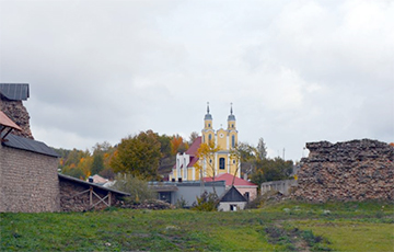 Крэўскі замак застаўся без фінансаваньня
